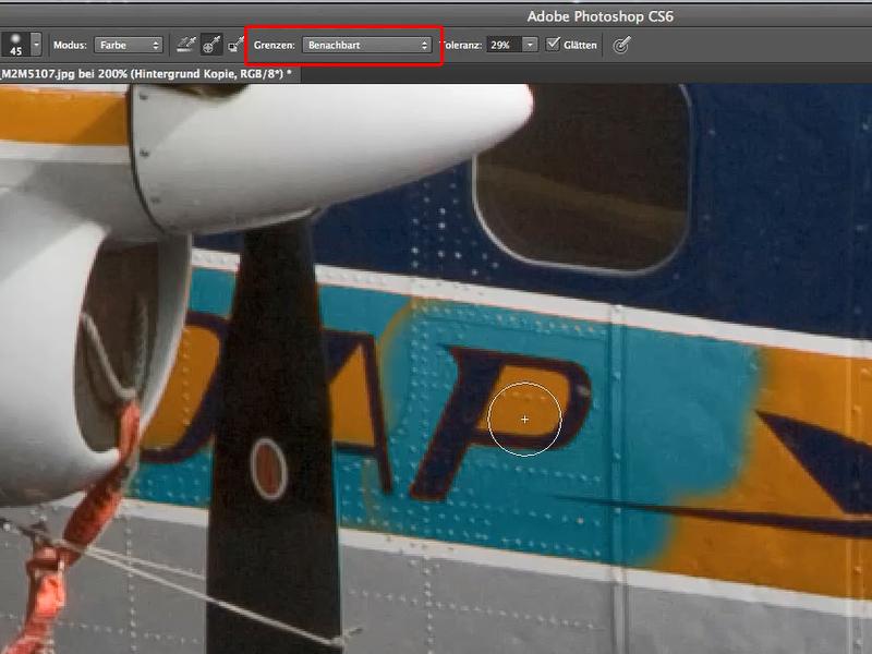 Zu sehen ist die Auswirkung der Einstellung benachbart auf farblich gleiche, aber von andersfarbigen Pixeln umschlossene Flächen.
