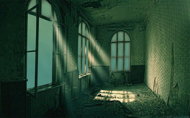 Raum mit neuen Fenstern