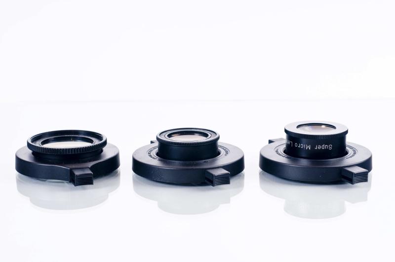 Nahlinsen, hier 3 Makrolinsen mit Klemmadapter sind eine Preiswerte Möglichkeit mit lichtstarken Objektiven Makros zu machen.