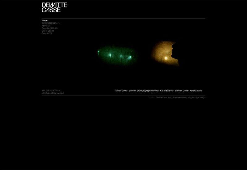 Beispielwebsite in Schwarz