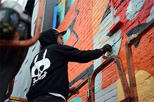 Kreativ-Contest: Setzt ein Statement und gewinnt einen Tag mit DXTR The Weird in Berlin